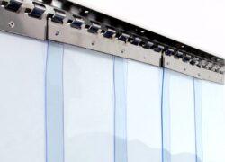 ПВХ завеса ш4000 в3500 (морозостойкая полоса 3х300мм)
